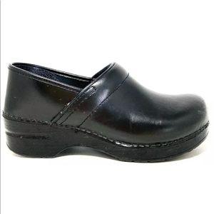 Dansko Professional Black Slip On Clogs Nursing